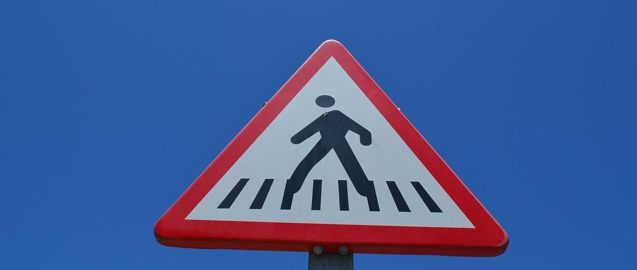 Calcular indemnización por atropello en paso de peatones